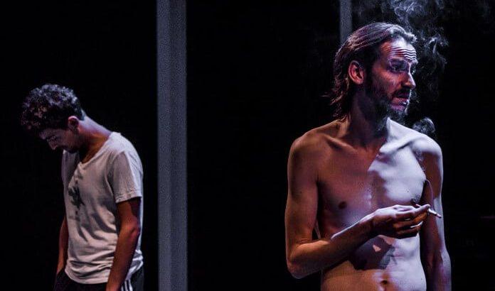 Crítica: Cúbit – Una obra que torna al Teatre Lliure