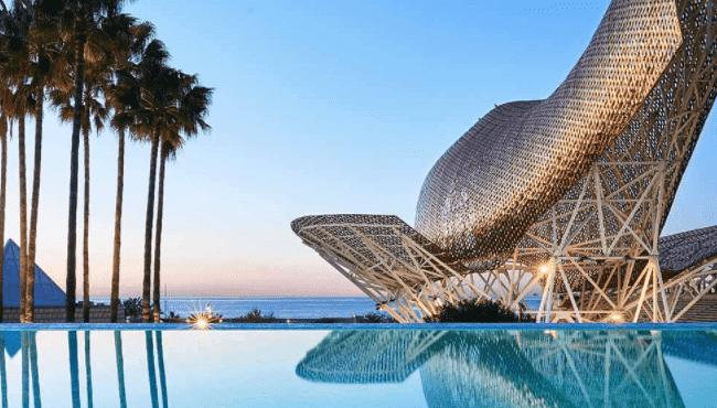 piscinas hoteles barcelona abiertas al publico